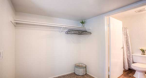 Waterstone Alta Loma Apartments closet